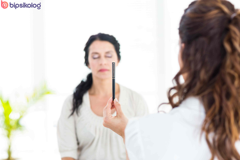 Hipnoterapi Nedir? Hipnoz İle Tedavi Mi Olur?
